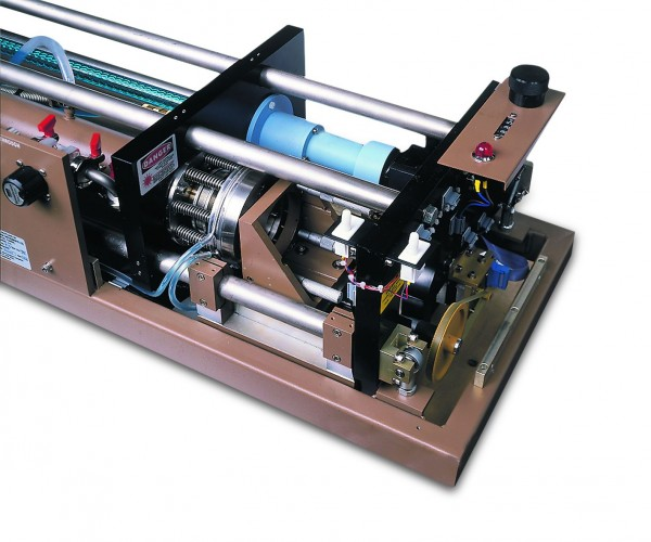 395 – Twin Cavity FIR Laser